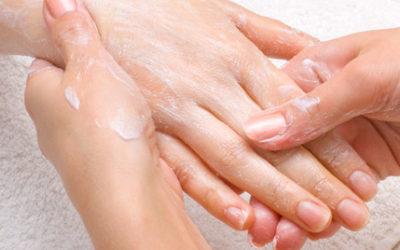 Un massaggio alle mani